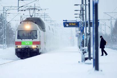 Tekstarin lähettäjä pitää tärkeänä toimivia yhteyksiä junille Vihantiin