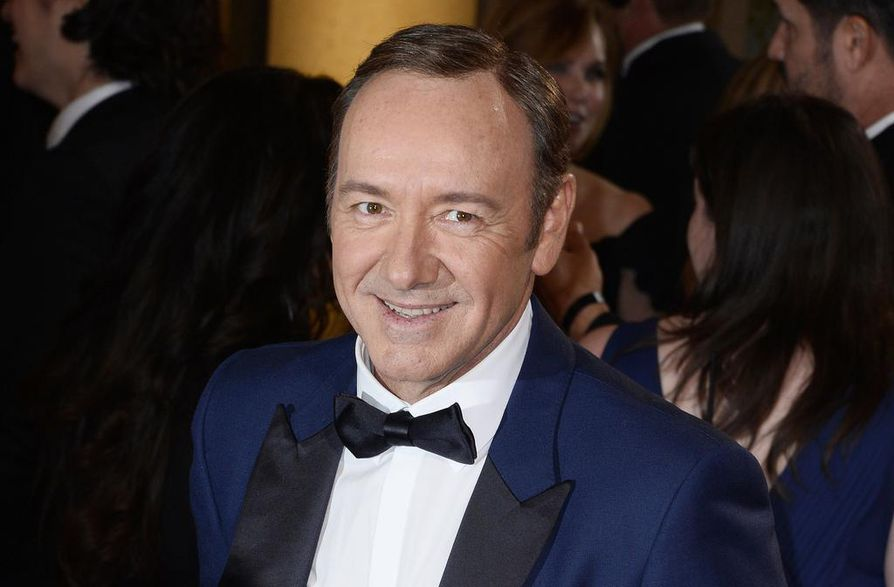 William Little syytti 59-vuotiasta Spaceyä siitä, että tähti olisi kourinut häntä baarissa Massachusettsin osavaltiossa vuoden 2016 kesäkuussa.