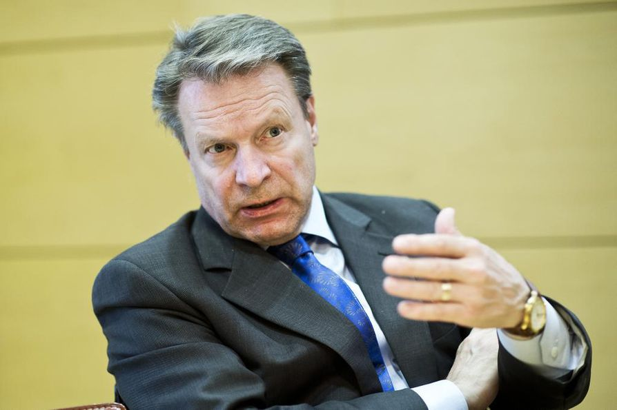 Eduskunnan puolustusvaliokunnan puheenjohtaja Ilkka Kanerva (kok.) toimi kaksi kautta Etyjin parlamentaarisen yleiskokouksen puheenjohtajana. Hänellä on ollut vahva rooli Ukrainan kriisin keskusteluissa. Arkistokuva.