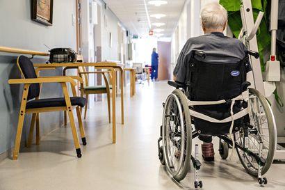 Lapin kuntien tekemä tarkastus yksityisiin vanhusten hoitoyksiköihin: Puutteita henkilöstön saatavuudessa, lääkehuollossa ja asiakkaiden rajoittamistoimissa