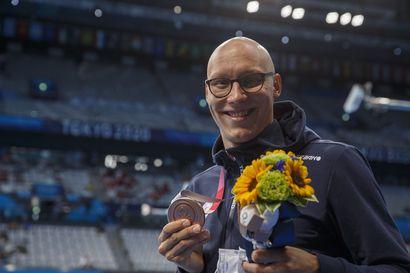 Matti Mattssonin olympiamitalin taustalla on tarina sitkeydestä ja periksiantamattomuudesta – Tokion olympialaisten siirto oli onnenpotku henkisen tasapainon löytäneelle porilaiselle
