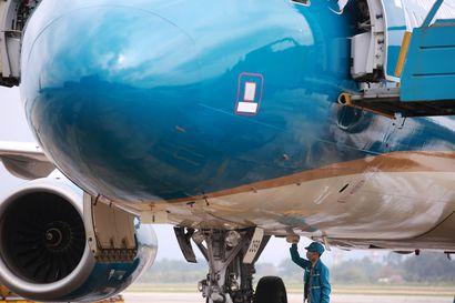 Koronaepidemia voi leikata lentoliikenteen päästöjä ja kurittaa yhtiöiden taloutta pitkään, sillä vertailukohdaksi on sovittu tämä vuosi