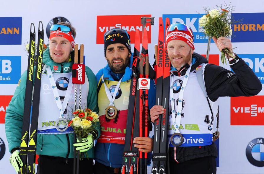 Ranskan Martin Fourcade voitti maailmancupin ensimmäisen henkilökohtaisen kisan Slovenian Pokljukassa sunnuntaina. Toiseksi tuli Saksan Johannes Kühn ja kolmanneksi Itävallan Simon Eder.
