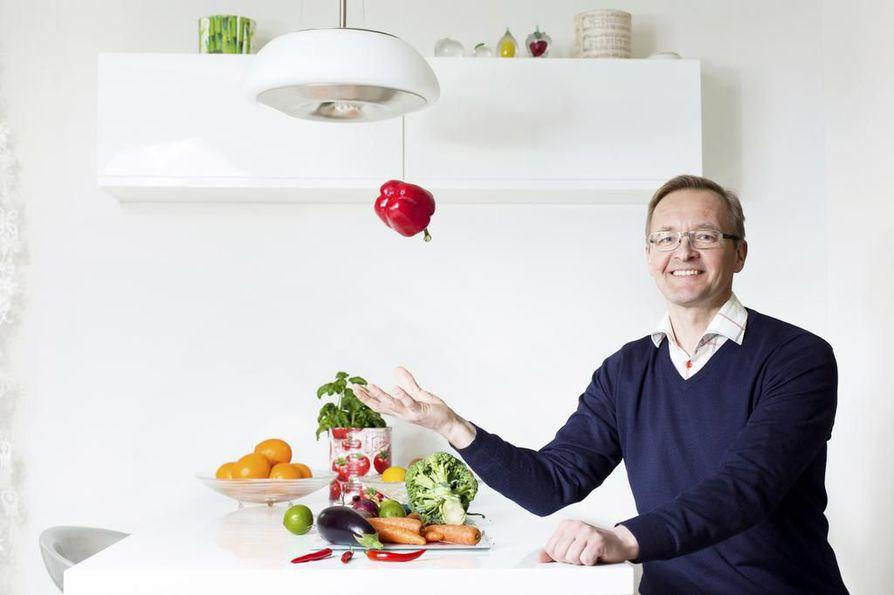 Jos jokin ravintovillitys kuulostaa aivan liian hyvältä ollakseen totta, se on todennäköisesti pötyä, kertoo laillistettu ravitsemusterapeutti Reijo Laatikainen.