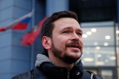 Venäjän poliisi ratsasi opposition konferenssin, otti kiinni noin 200 poliitikkoa