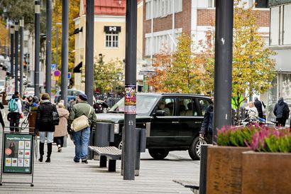 Rotuaari halutaan rauhoittaa moottoriliikenteeltä – Jakelu- ja huoltoliikenne on lisääntynyt ja liikennesäännöistä luistetaan toistuvasti