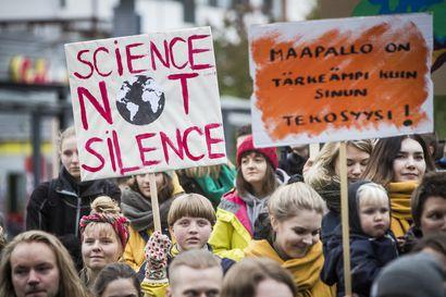 Ilmastolakkoon osallistui tuhansittain nuoria kautta Suomen - Näissä tunnelmissa tapahtumaa vietettiin Rovaniemellä