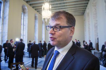 IL ja Yle: Eduskunnan erotetun turvallisuusjohtajan epäiltiin yrittäneen heikentää Juha Sipilän kertomusta