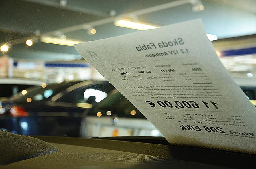 Autoveron poisto olisi laskenut uusien autojen hintaa.