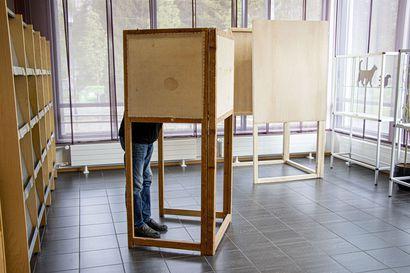 Tässä ovat Kuusamon keskustan neljä ehdokasta aluevaaleihin