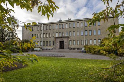 """Pohjois-Pohjanmaan museon työntekijät kritisoivat tapaa, jolla Ainolan kohtaloa ratkotaan – """"Päätöksiä on tehty kiinteistöliiketoiminnan näkökulmasta"""""""