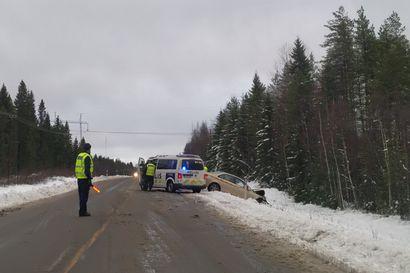 Poliisi korjasi tietojaan: Kiimingin kuolonkolarin turma-auto tulikin Kuusamon suunnasta