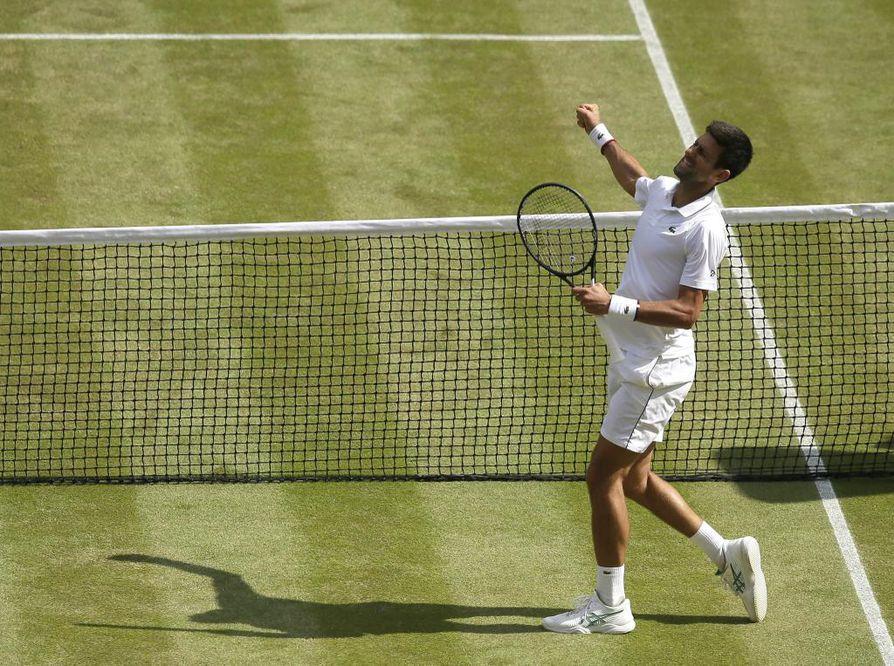 Ajottain hienoa tennistä pelannut Bautista Agut sai yhden erävoiton, mutta Djokovic (kuvassa) pystyi nostamaan omaa tasoaan ratkaisevasti ja voitti 6–2, 4–6, 6–3, 6–2.