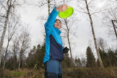 Frisbeegolfin viikkokisoja pelataan nyt älylaitteella