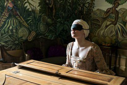 Päivän leffapoiminnat: Sokea Maria soitti valtiaille Euroopan salongeissa 1700-luvulla – tositapahtumiin perustuva draama kertoo wieniläisestä pianistista