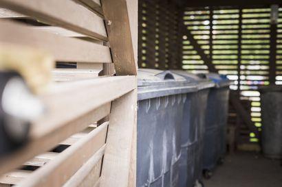 """Jatkossa vähintään viiden asunnon kiinteistöillä on oltava kuusi jäteastiaa, bio- ja pakkausjätteiden keräys lisääntyy merkittävästi: """"Enää ei ole kuntien päätettävissä, että järjestetäänkö erilliskeräystä vai ei"""""""
