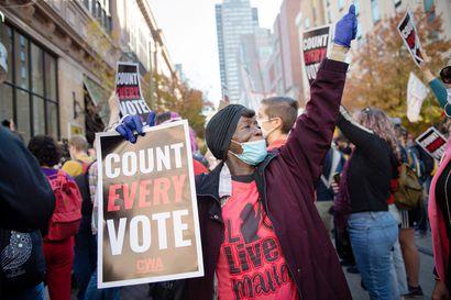 Republikaanivaikuttajat paheksuivat Trumpin väitteitä vaalivilpistä – Selvä enemmistö yhdysvaltalaisista ei hyväksy Trumpin julistautumista voittajaksi