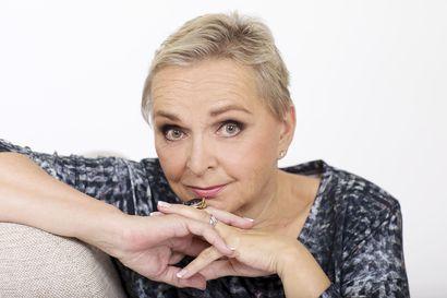 Arvio: Kohdusta on äänen noustava–Raija Oranen piirtää romaanissaan oopperadiiva Anita Välkin ristiriitaisen uran