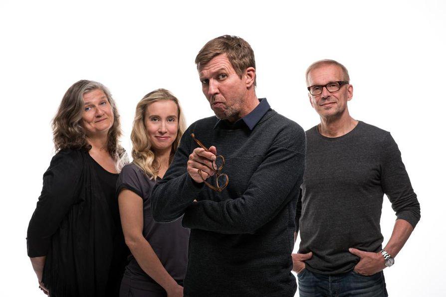 Ohjelmaa tekevät Erja Manto, Nora Rinne, Martti Suosalo ja Jukka Puotila.