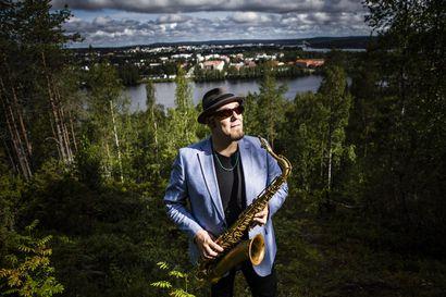 Jari Pulsan perustama Jarring teki levyllisen monumentaalisesti svengaavaa jazzia