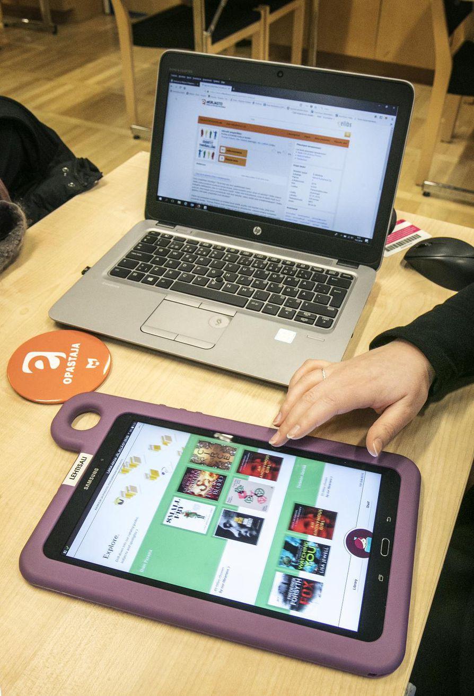 E-kirjapalvelu muistaa erilaiset laitteet ja lukutavat. Kirjan voi esimerkiksi lainata selaimessa tietokoneella ja lukea sovelluksessa mobiililaitteessa.