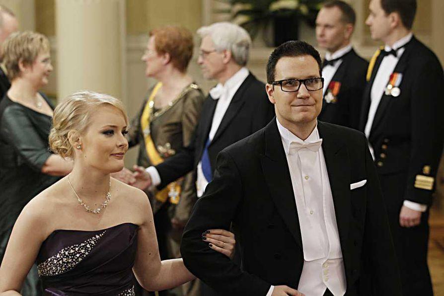 Perussuomalaisten kansanedustaja Olli Immonen ja Eveliina Immonen Linnan juhlissa vuonna 2012.
