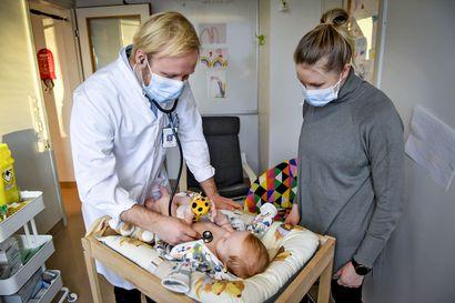 Näin korona-aika on vaikuttanut pienten lasten infektioihin – Lääkärit kertovat, miten tulehduskierrettä voi yrittää hillitä