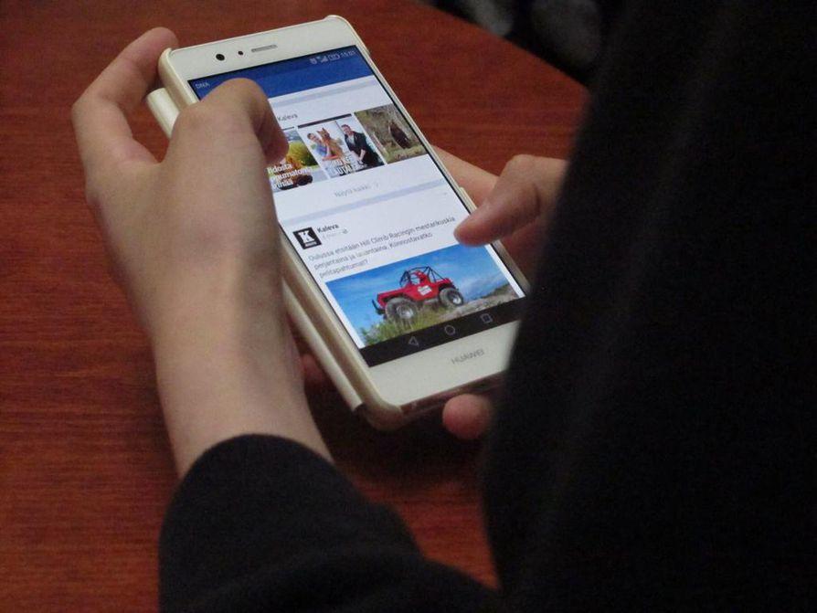 Facebook on pysynyt vuosien ajan suosittuna sosiaalisen median kanavana.