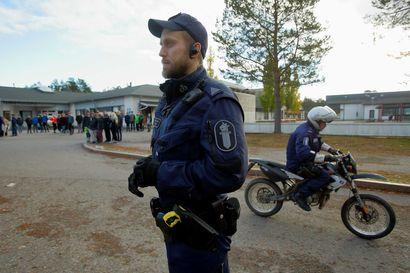 Poliisin yllätysratsia: Joka neljäs mopoilija sai huomautuksen