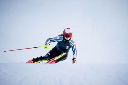 """Suomalaisen alppihiihdon ilonaiheet ovat olleet vähissä viime vuosina, nyt käsillä saattaa olla käänne – """"Teemme jotain tosi hullusti, jos meitä ei näy huippuporukoissa"""""""