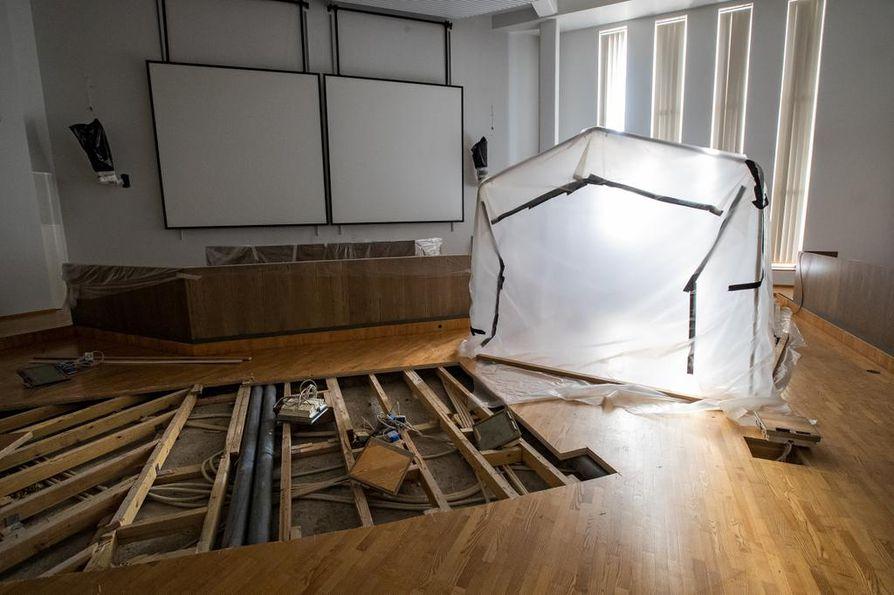 Raahen kaupunki selvittää nyt mahdollisuutta tehdä Kauppaporvarin Fregatti-salista elokuvateatteri. Sali on toistaiseksi pois käytöstä vesivahingon takia.