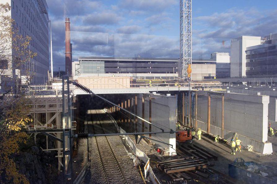 Turun yliopistollisen keskussairaalan T3-rakennuksen työmaalla tuli viime vuonna ilmi pahoja betonin lujuusongelmia. Vialliset rakenteet jouduttiin rakentamaan uudelleen.