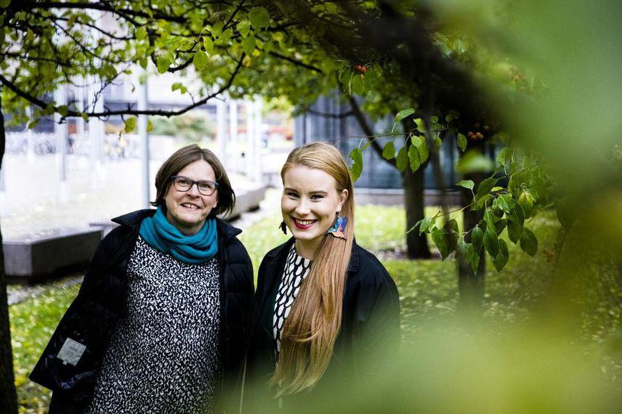 Vihreiden puoluehallitus on nimennyt puolueen ensimmäiset eurovaaliehdokkaat. He ovat nykyinen EU-parlamentaarikko Heidi Hautala (vasemmalla) sekä Tampereen kaupunginvaltuuston varapuheenjohtaja Iiris Suomela.   Molemmat kannattavat niin sanotun lihaveron käyttöönottoa. Hintaohjaus olisi keino vähentää eläinperäisten tuotteiden kulutusta.