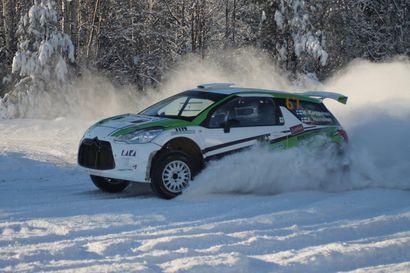 Mika Karppanen MM-rallipolulla Rovaniemellä – teknisten syiden vuoksi kesken päättyneiden rallien jälkeen tavoitteena maaliin pääsy