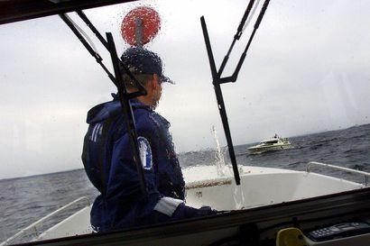 Moottoriveneen kuljettajan epäillään syyllistyneen vesiliikennejuopumukseen Tornionjoella