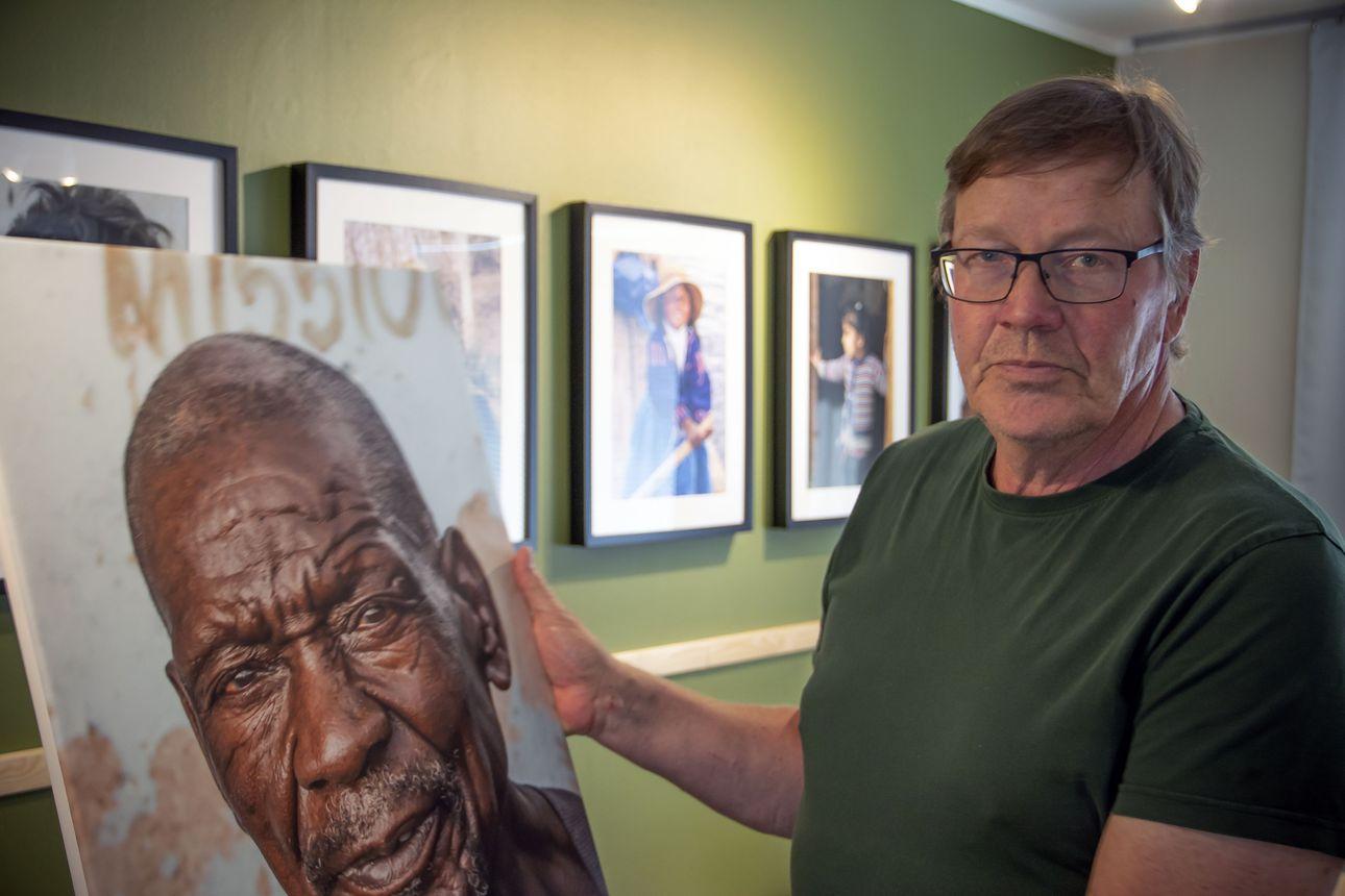 Vesa sanoi, ettei juuri kuvaa ihmisiä –kuva-arkistosta löytyi silti puhutteleva kokoelma henkilökuvia
