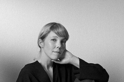 Parhaat ideansa stylisti ja suunnittelija Anna Pirkola saa hiljaisuudessa, kaukana ylimääräisitä ärsykkeistä