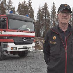 Pelastusjohtaja Jarmo Haapanen kertoo, ettei ole törmännyt urallaan yhtä vaikeaan maastopaloon