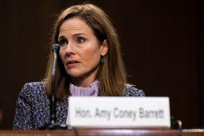 Korkeimman oikeuden tuomariehdokkaan kuulemiskierros loppusuoralla Yhdysvalloissa – Amy Coney Barret antoi vain varovaisia vastauksia, mutta ei suostunut tunnustamaan ilmastonmuutosta