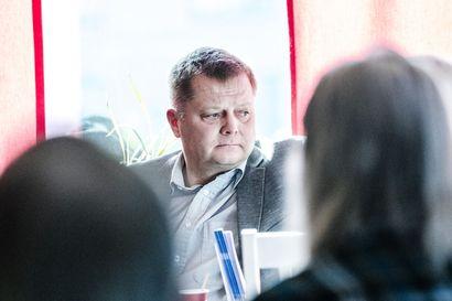 Markus Mustajärvi jätti kirjallisen kysymyksen häirikköpedoista – taustalla tapaus, jossa karhu söi häkissä olleen Jeri-koiran Savukosken Martilla