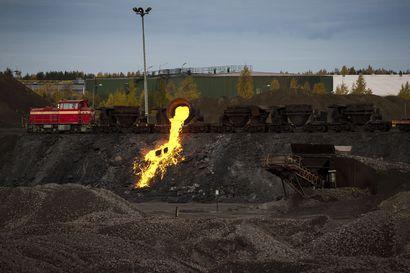 Kuonasenkan puhkeaminen aiheutti suuren palohälytyksen SSAB:n Raahen tehtaalla – tilanteesta selvittiin lievin seurauksin