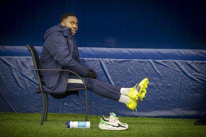 Onko minusta enää tähän, Obed Malolo mietti menetettyään koko kauden 2018 loukkaantumiseen – Nyt hänellä on merkittävä rooli AC Oulun keskikentällä