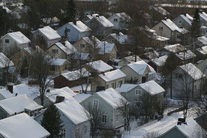 Asumiskustannusten erot kuntien välillä kasvaneet – suurimpana syynä sähkön siirtomaksujen korotukset