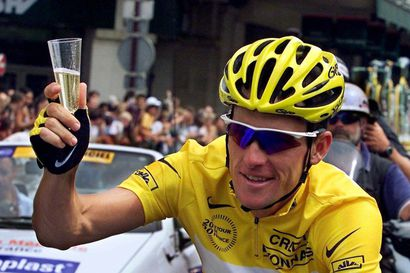 Bild: Lance Armstrong sai 50-vuotisonnittelut Jan Ullrichilta