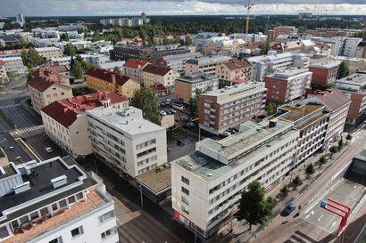 Vain taivas rajoittaa rakentamista – Mistä löytyisi kompromissi, jos joku haluaa rakennusoikeutta Oulun keskustassa naapureita enemmän?