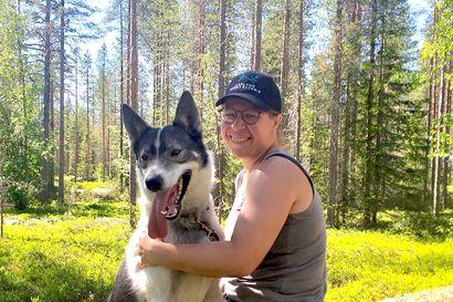 Ensi sesonkiin: Korona ja kesä vapauttivat Anne Airolan toimistotöistä hoitamaan koiria tarhalle