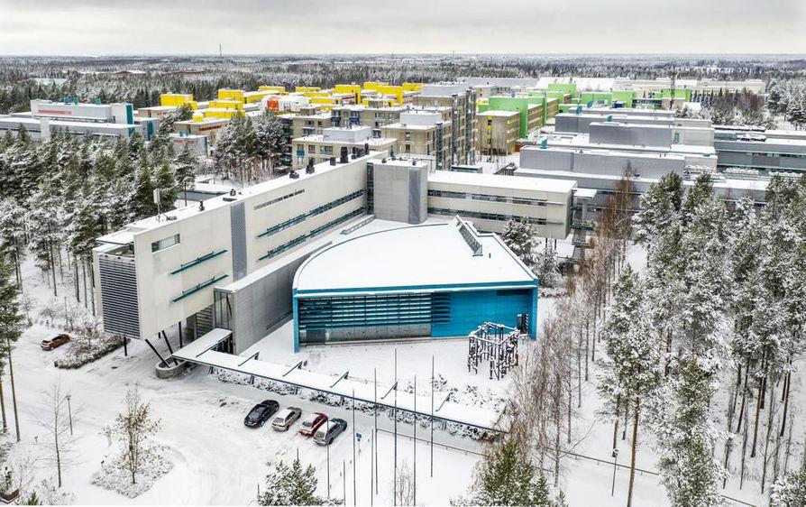 Olisiko ratapiha hyvä paikka Oulun yliopistolle, kyselee Kale! kallupissaan.
