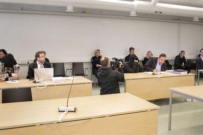 Hovioikeus piti ennallaan Pudasjärven rajun rikoskokonaisuuden tuomiot – miehen ampunut ja naisen Ruotsiin kuljettanut mies tuomittiin 13 vuoden vankeuteen