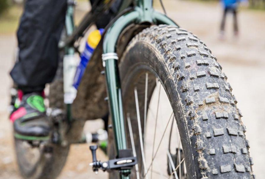 Kaakkurin talvipyöräilyreitti on tarkoitettu maastopyöräilyyn. Kuvituskuva.