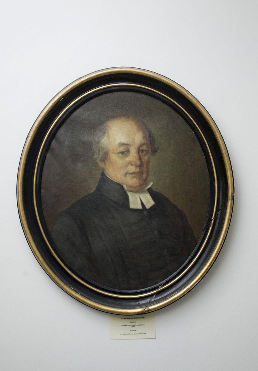 Elias Robert Alcenius kokosi Genealogia Sursillianan ja oli itsekin Sursillin sukua.